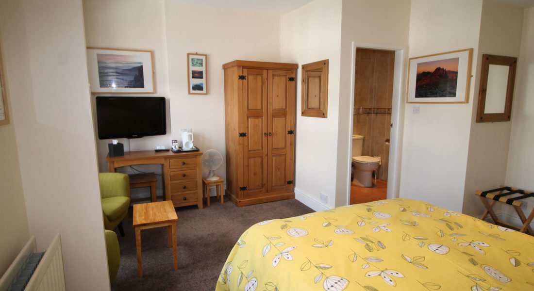 tudor lodge wales double room